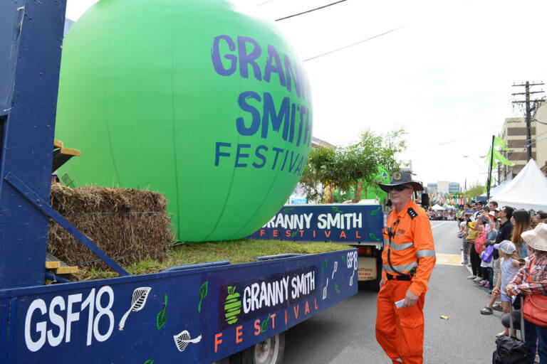 Granny Smith Parade Inflatable